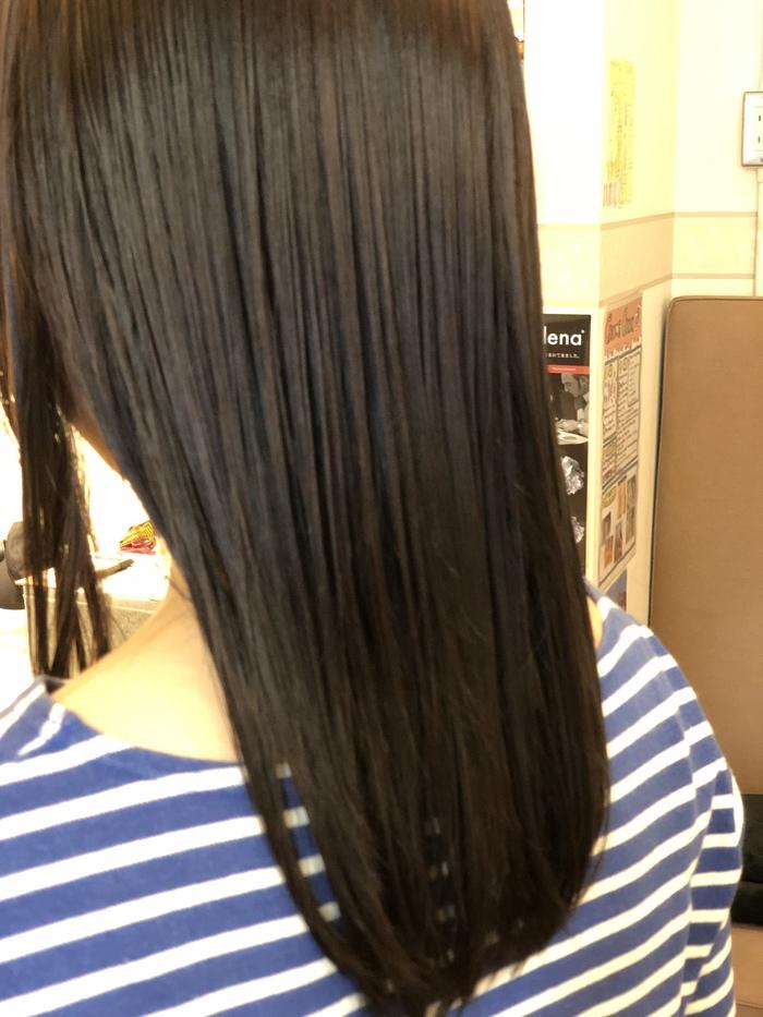 湿気で広がる髪の毛が気になる方にオススメ